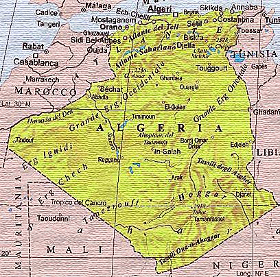 Risultati immagini per algeria cartina