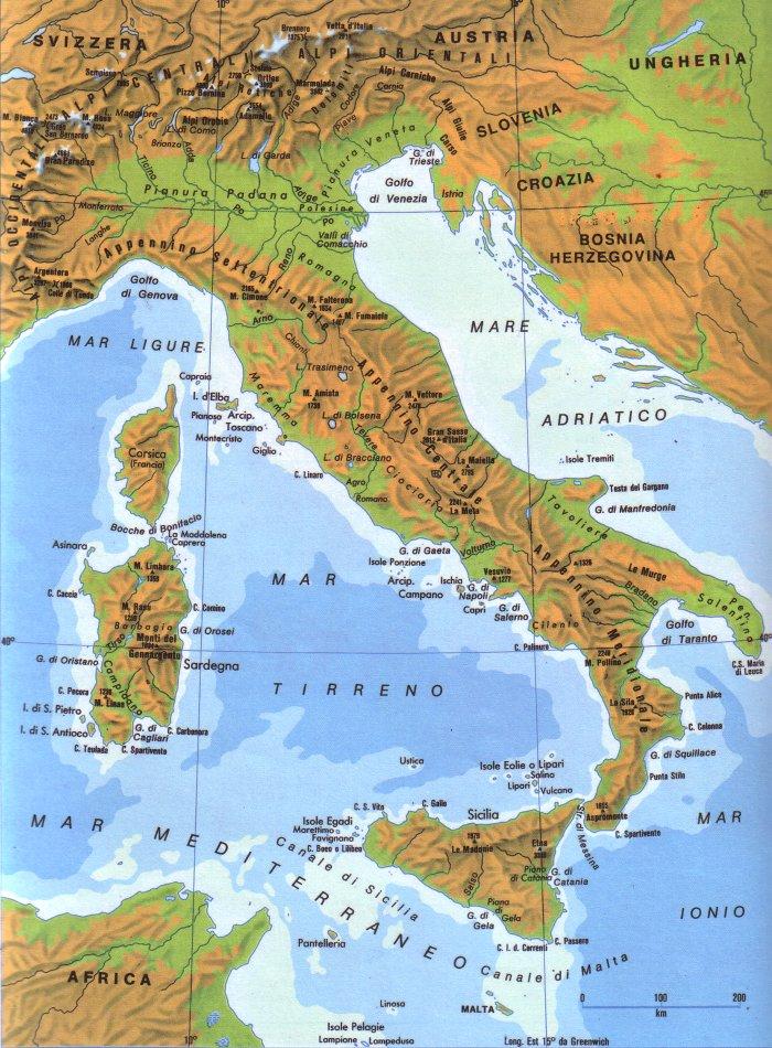 Cartina Italia Politica Ingrandita.Cartina Fisica E Politica D Italia